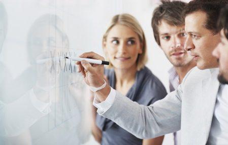empresario lider capacitacion colaboradores